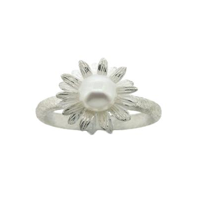 Kitten Sunflower with Pearl Ring