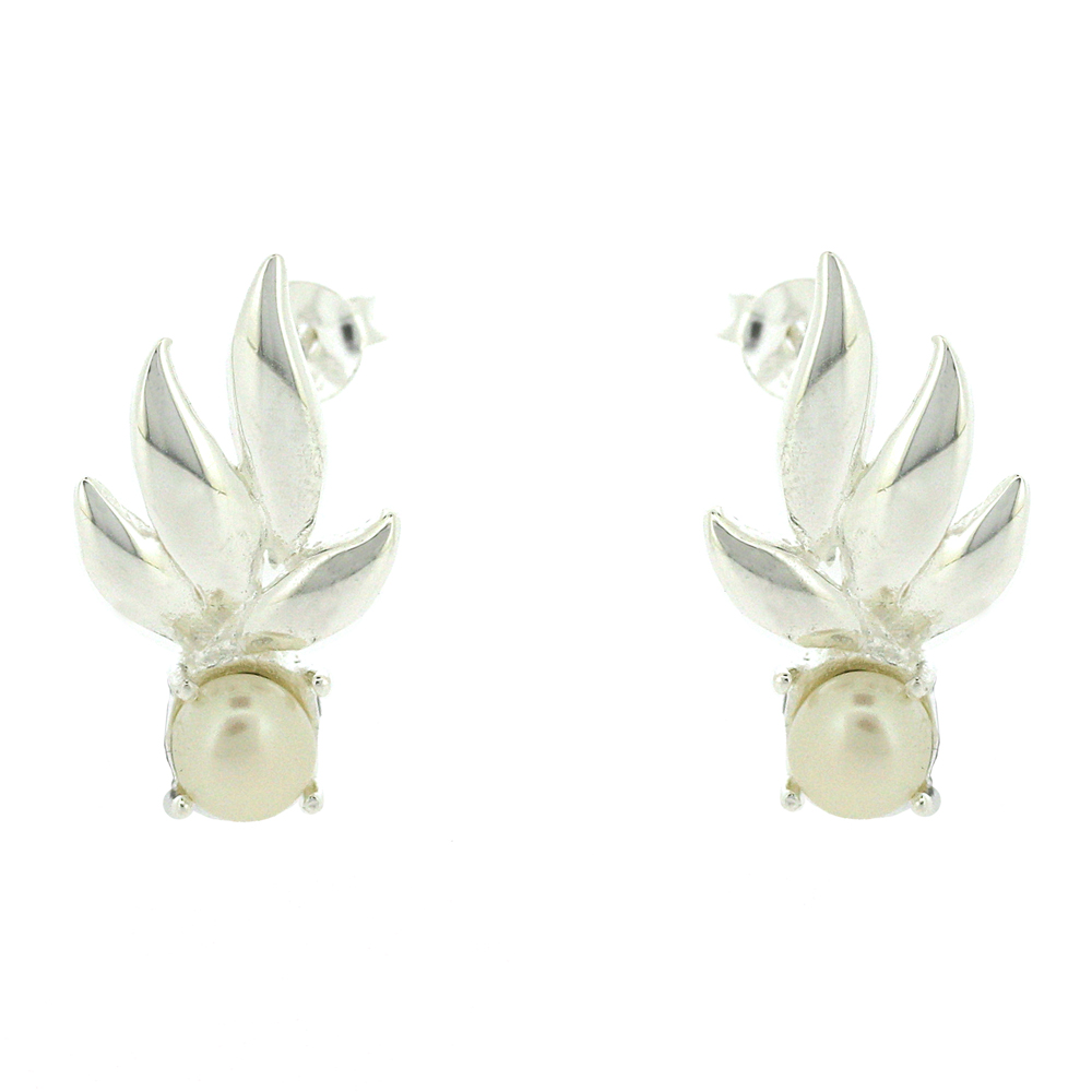 Kitten Spring Leaves Pearl Studs