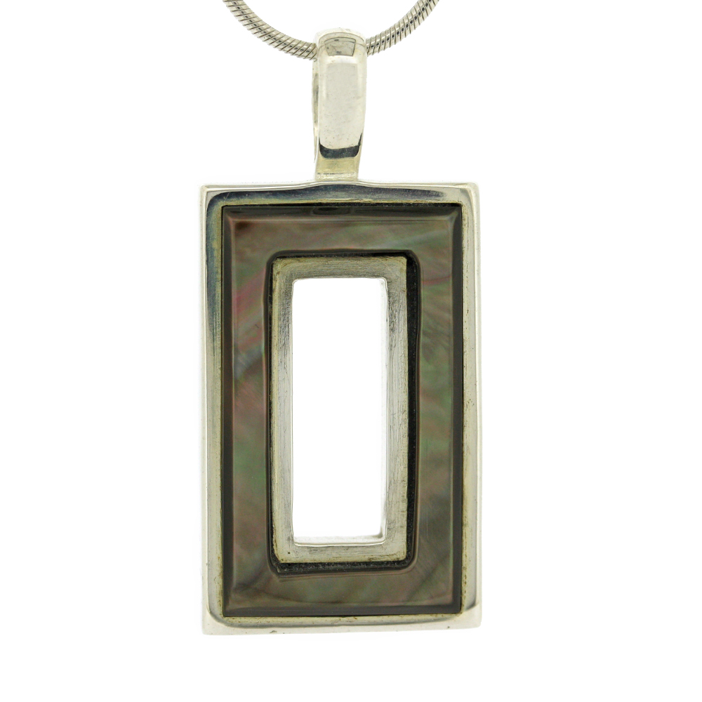 Fervour Rectangle Black Lip Pendant